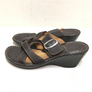 Born brown leather wedge sandals size 9M/W